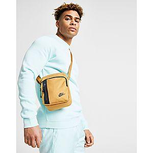 Nike Core Small Crossbody Bag ... 5aee85de86e83