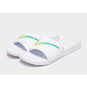 6715787cf3faab Nike Benassi SE Slides Nike Benassi SE Slides