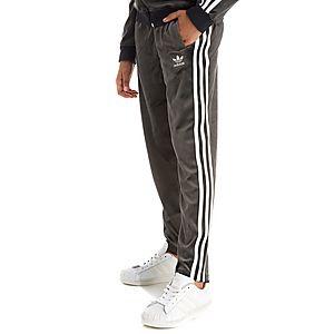 best sneakers 74c50 31c6e adidas Originals Girls Velour Pants Junior ...