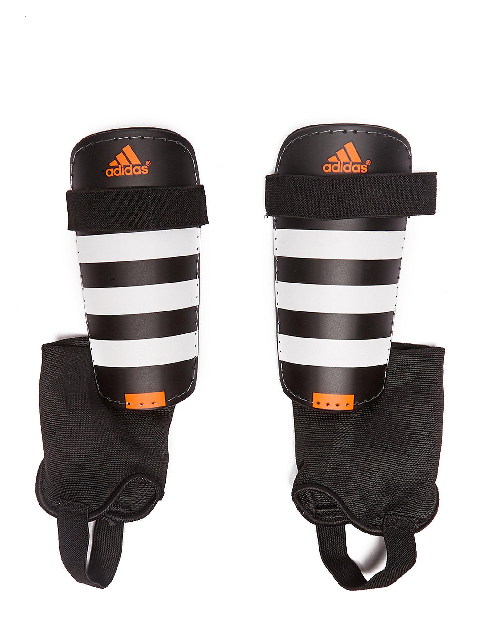 adidas Everclub-scheenbeschermers