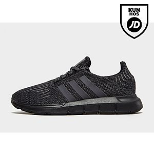 huge selection of 769d4 42788 adidas Originals Swift Run ...
