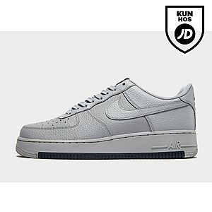 free shipping f4f80 dbb85 Nike Air Force 1  07 Low Essential Herre ...