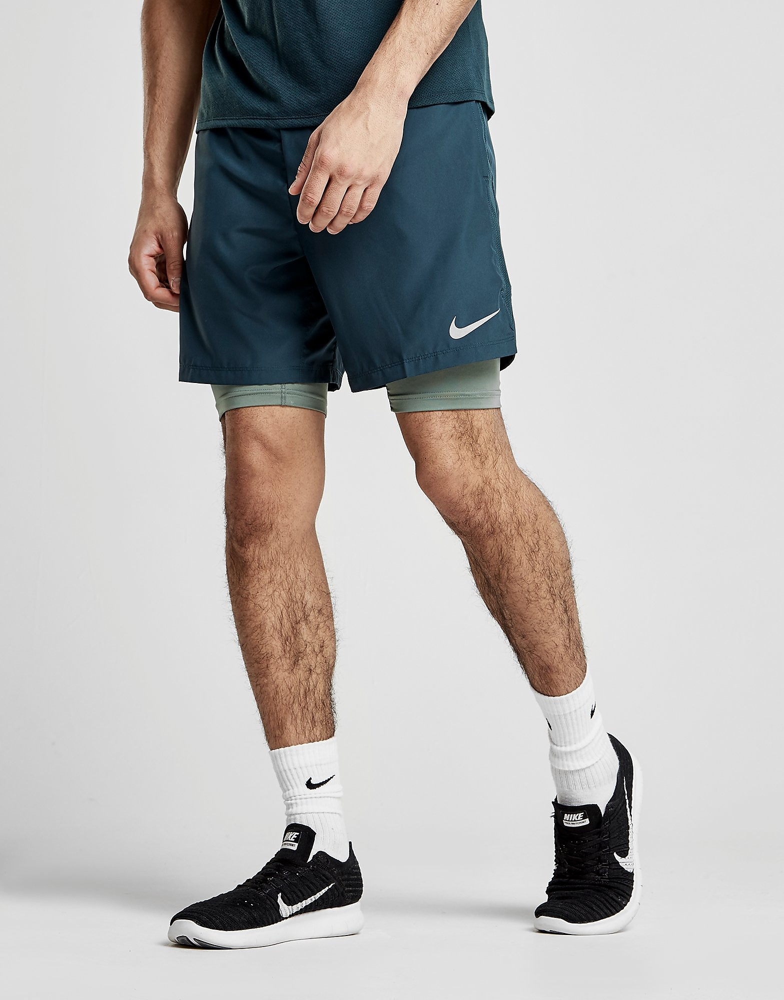 """Nike pantalón corto 7"""" Challenger 2 en 1"""