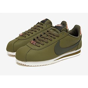 100% authentic a8bfb 37f77 Nike Cortez Leather Women s Nike Cortez Leather Women s