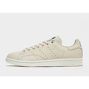 uk availability 2d3da e64ab adidas Originals Stan Smith ...