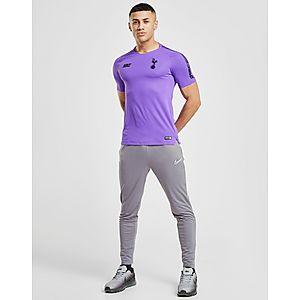 14b02eb79f88c Nike camiseta Tottenham Hotspur FC Squad Graphic Nike camiseta Tottenham  Hotspur FC Squad Graphic