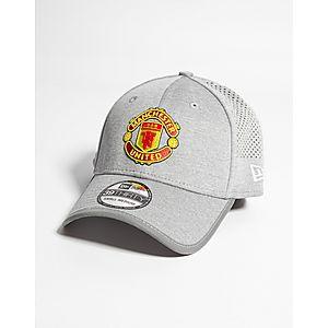 ... New Era Manchester United FC 39THIRTY Cap 690ca8648a0