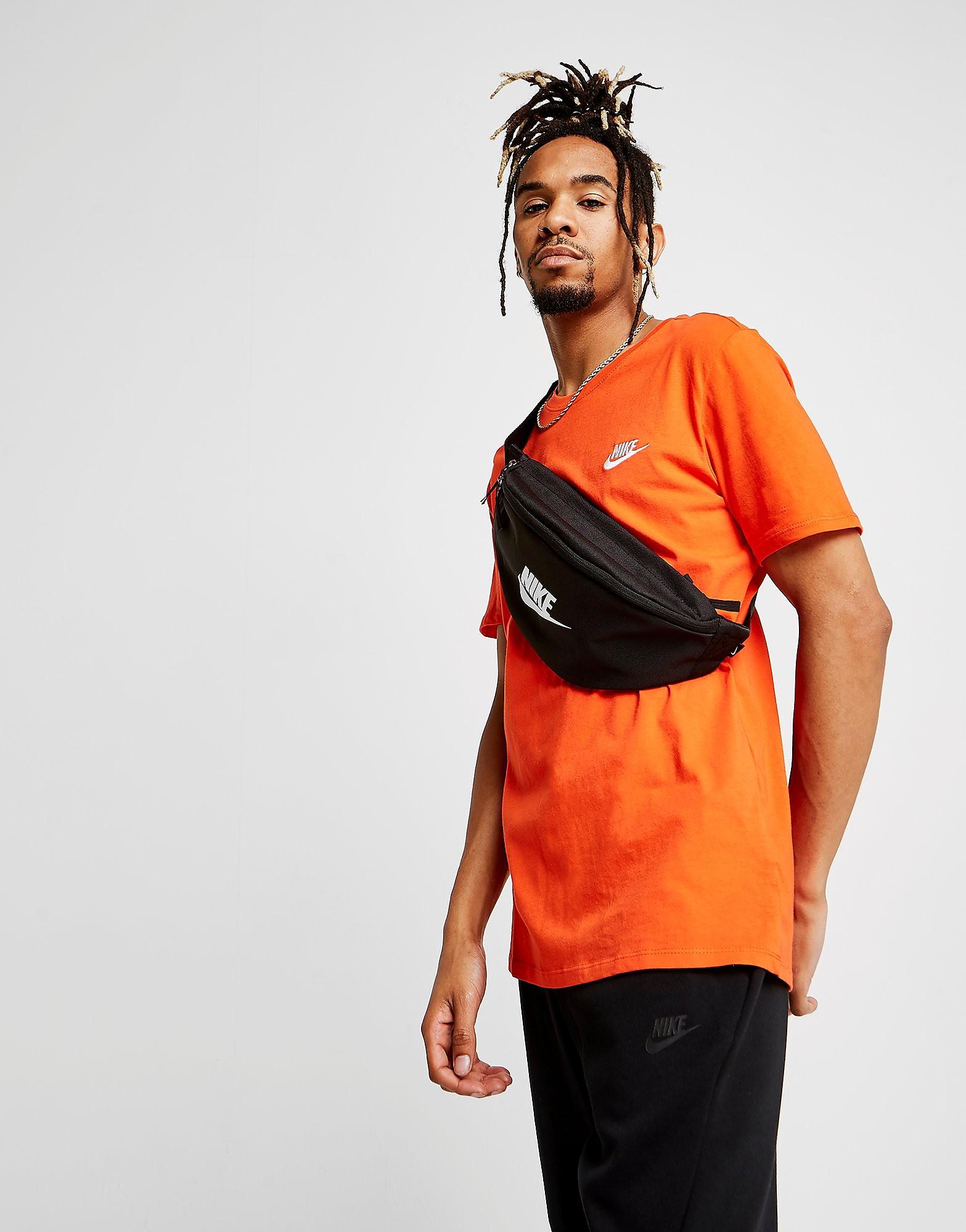 Nike camiseta Core