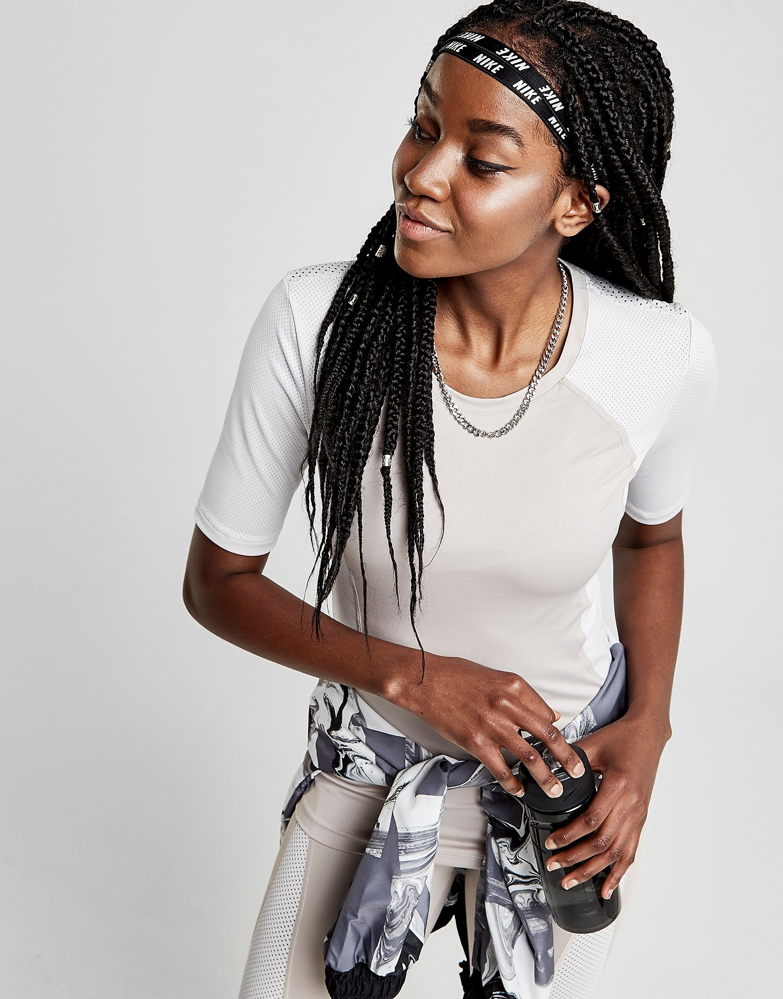 Nike T-shirt Pro Training Hypercool Femme