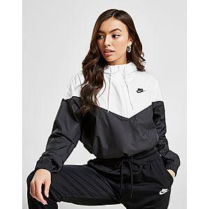 09d3117a5706 Nike Crop Windrunner Jacket ...
