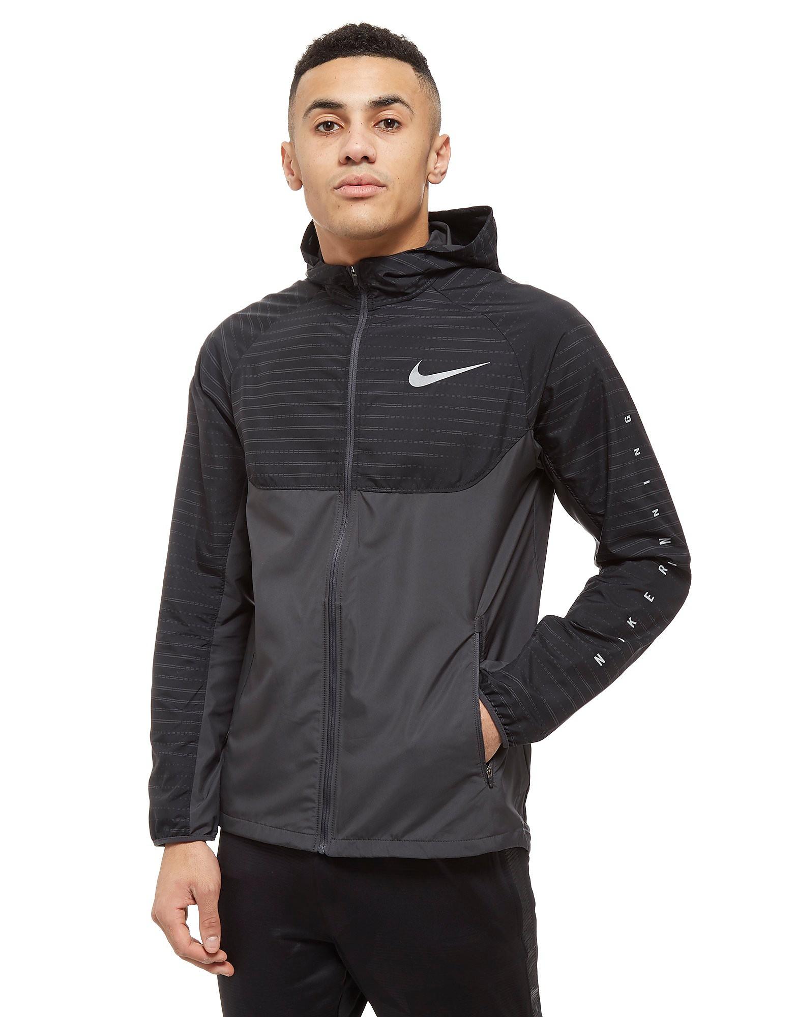 Nike Essential Hooded Jacket