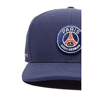 5b7c66070a00d4 Nike Paris Saint Germain Aerobill Cap Nike Paris Saint Germain Aerobill Cap