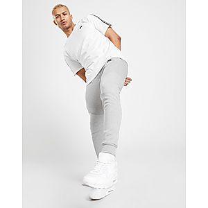 Nike Tech Fleece Joggers ... 87e9a2be6