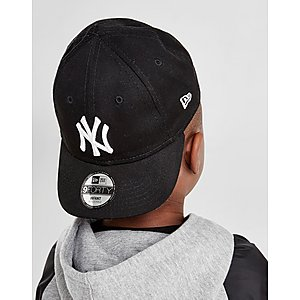 6a4e29339fb New Era MLB New York Yankees 9FORTY Cap Infant ...