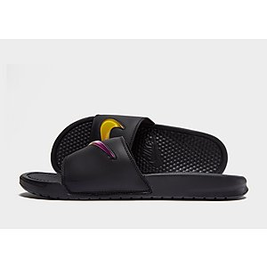 Nike Benassi SE Slides ... 969320495