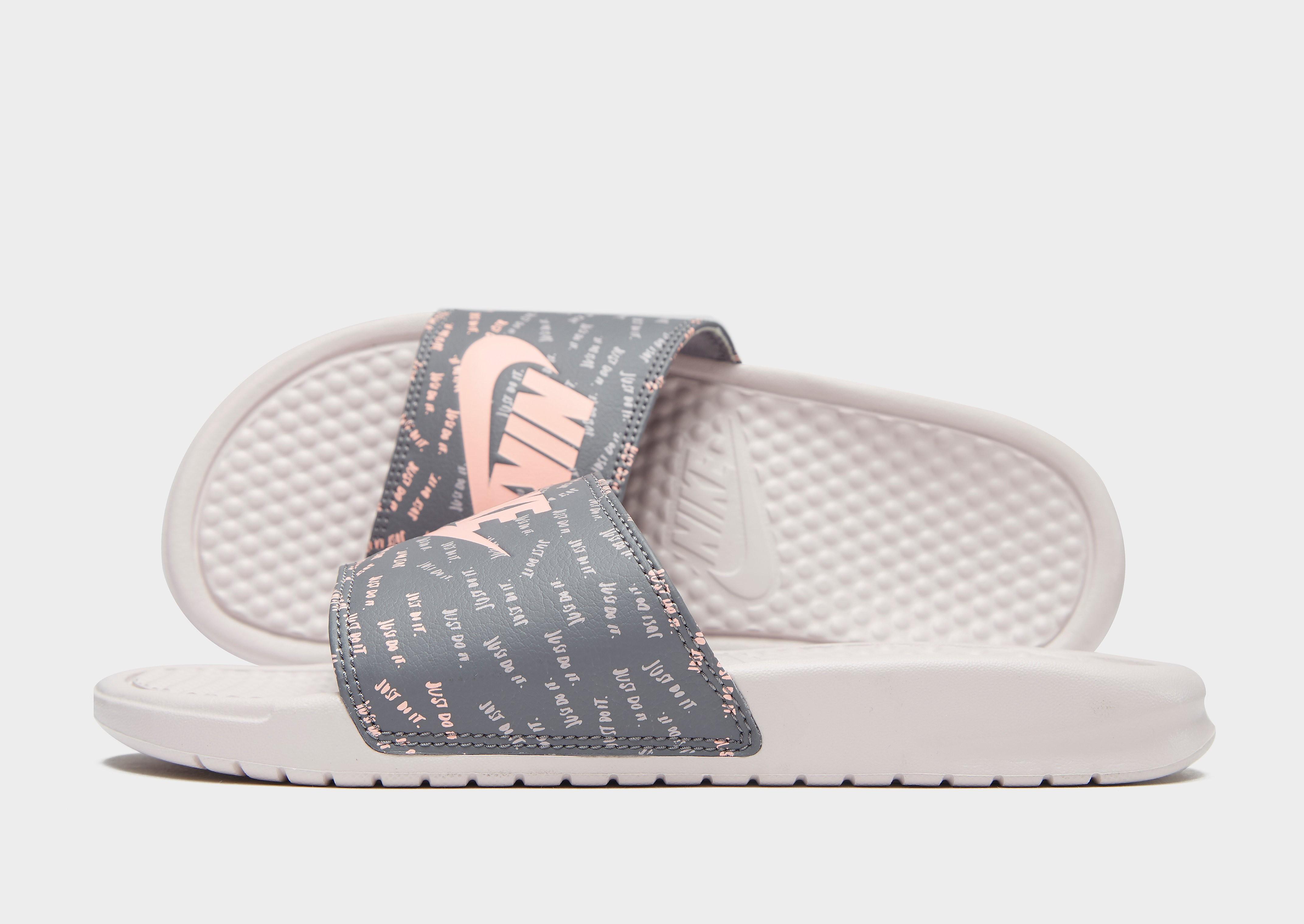 Nike Benassi Print Slides Dames