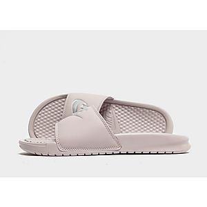 reputable site 849bf 978dd Nike Benassi Just Do It Slides Dames ...