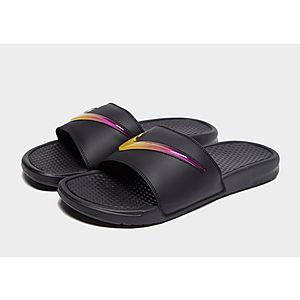 check out 21c76 c7496 Nike Benassi SE Slides Heren Nike Benassi SE Slides Heren