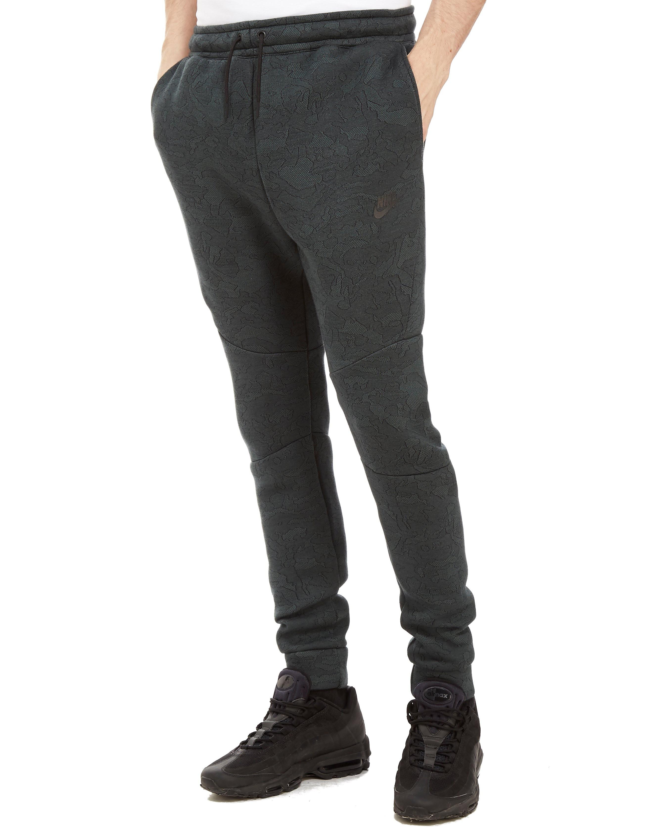 Nike Tech Pants Heren