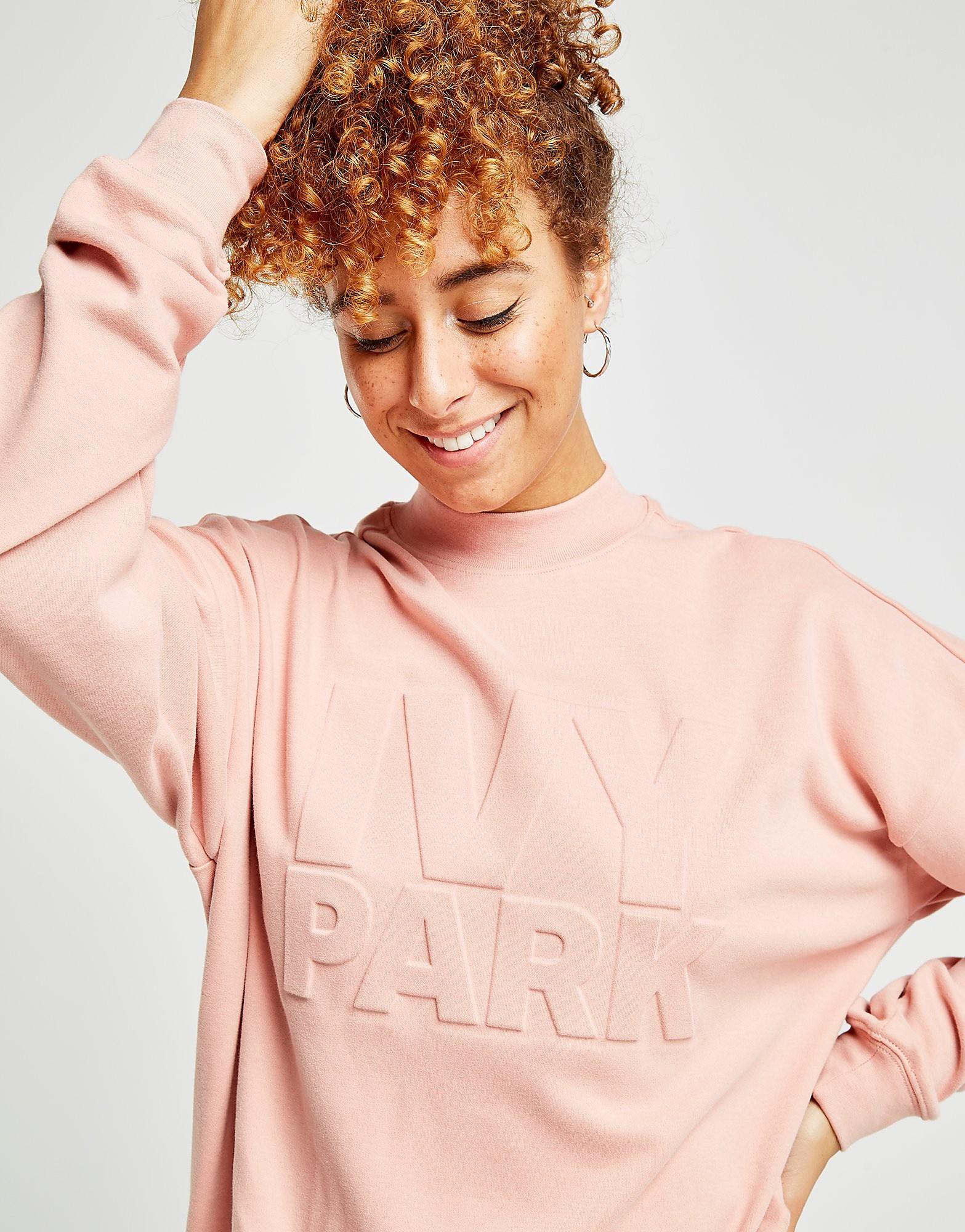 IVY PARK Emboss Logo Crew Sweatshirt Dames