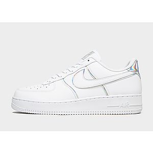 best sneakers a2f8a cc40f Nike Air Force 1  07 LV8 Herr ...