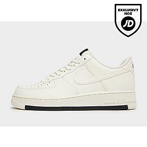 best sneakers d19fb 203f9 Nike Air Force 1  07 Low Essential ...