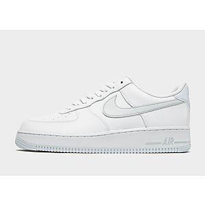 huge selection of dc914 61c24 Nike Air Force 1  07 Low Essential Herr ...