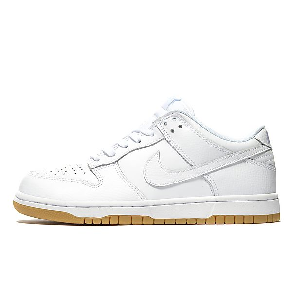 competitive price 8cb4a 9a9b8 Nike SB Dunk Low Women s