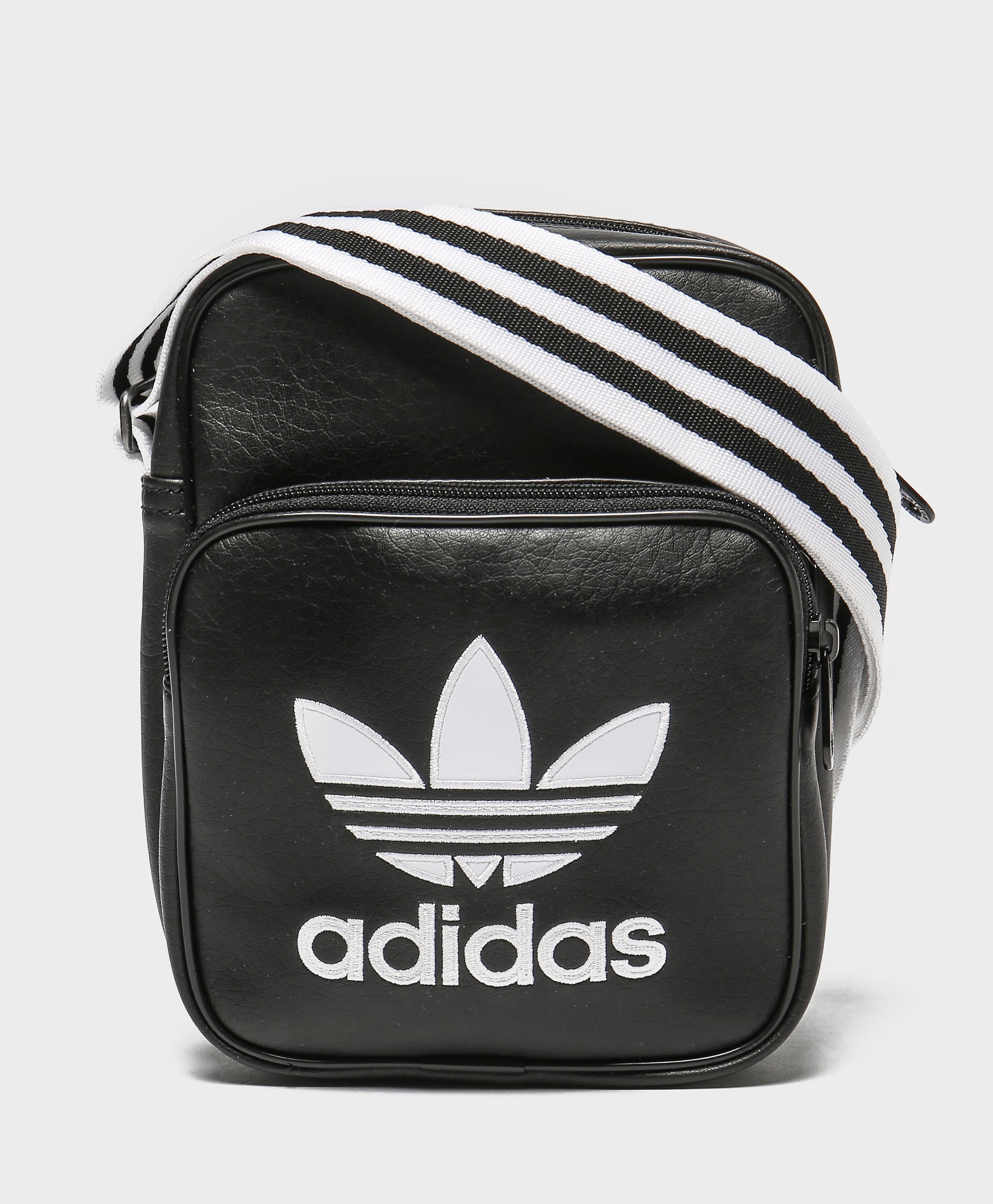 adidas Originals Adicolour Bag