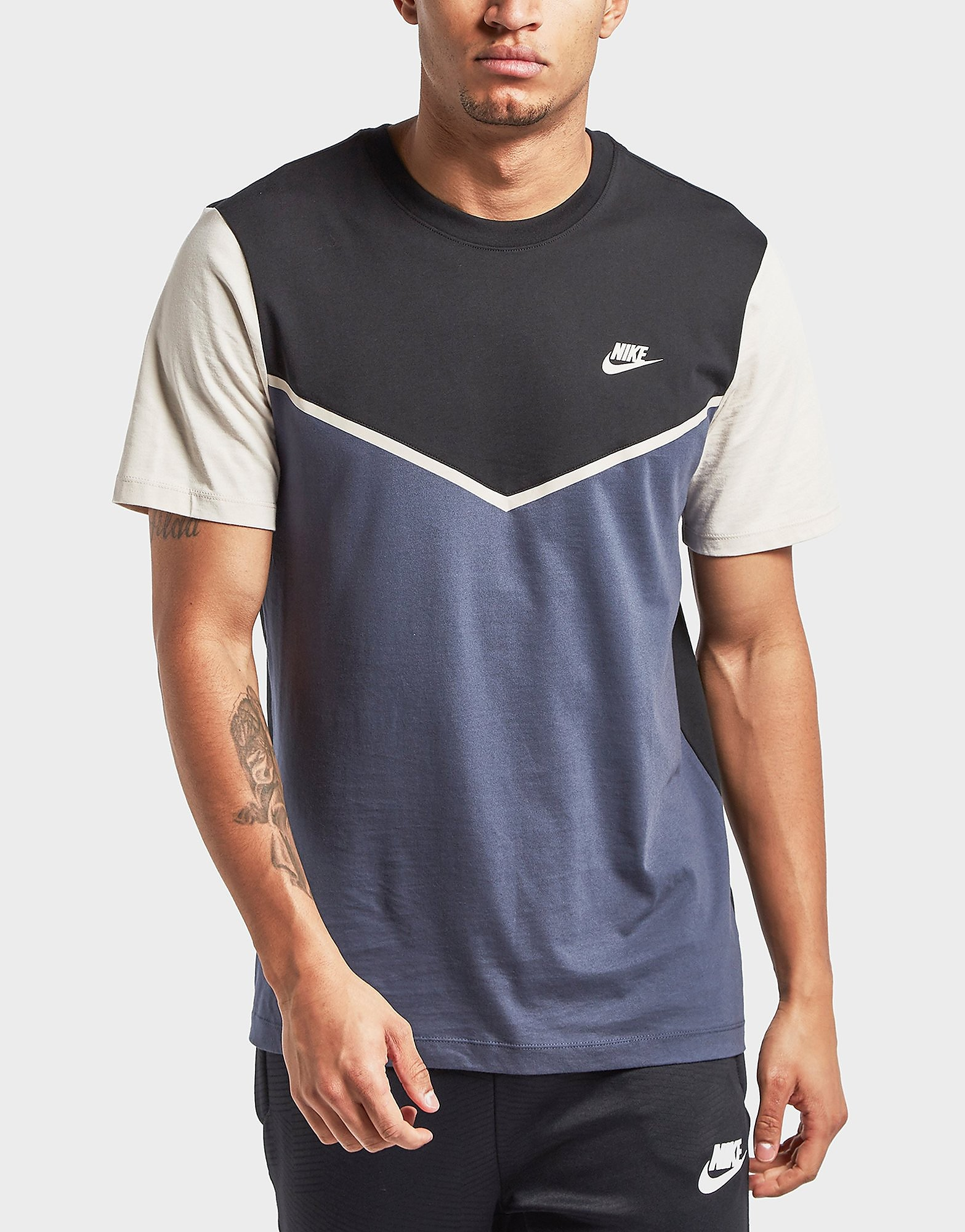 Nike Windrunner Short Sleeve T-Shirt