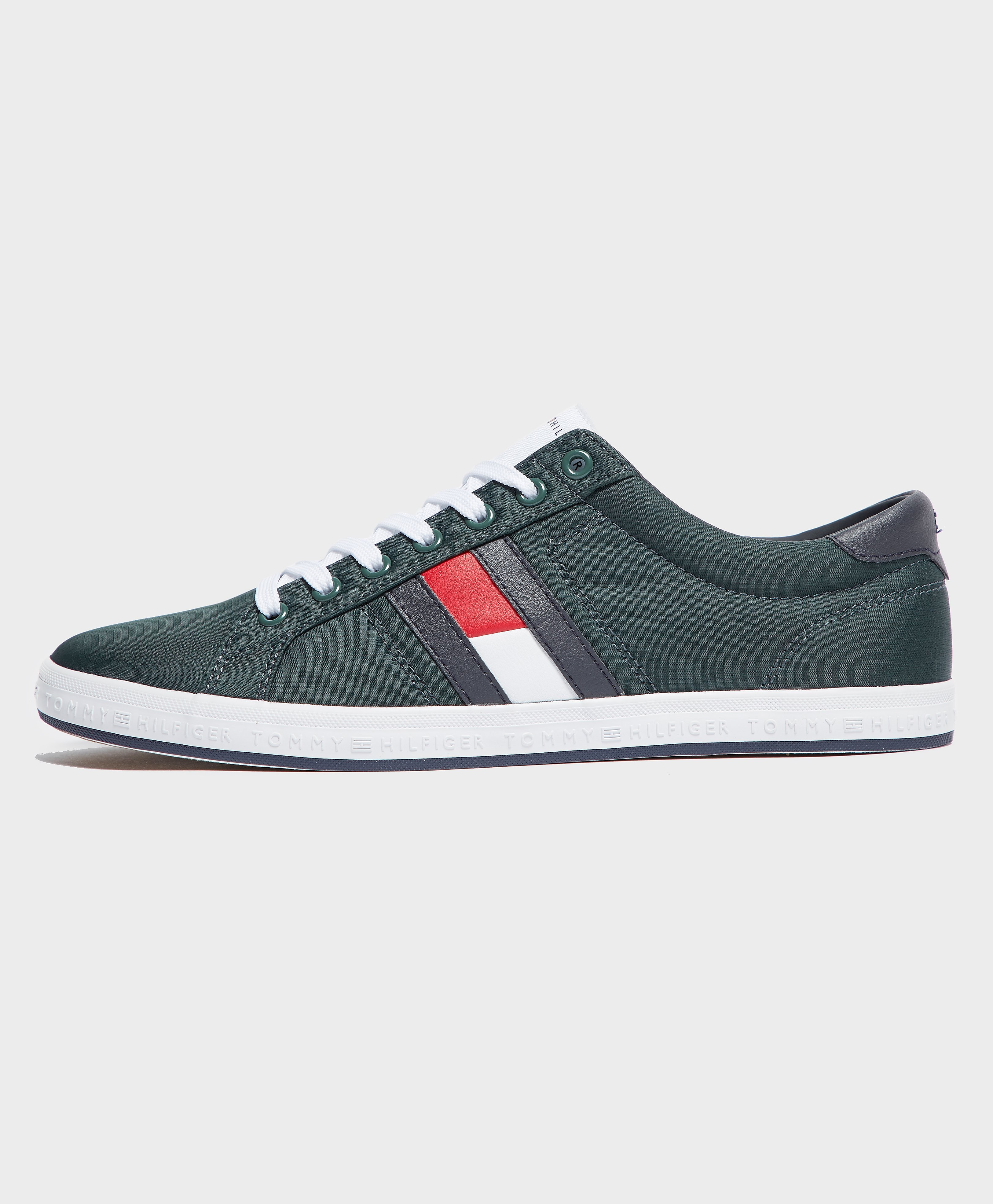 Tommy Hilfiger Howell