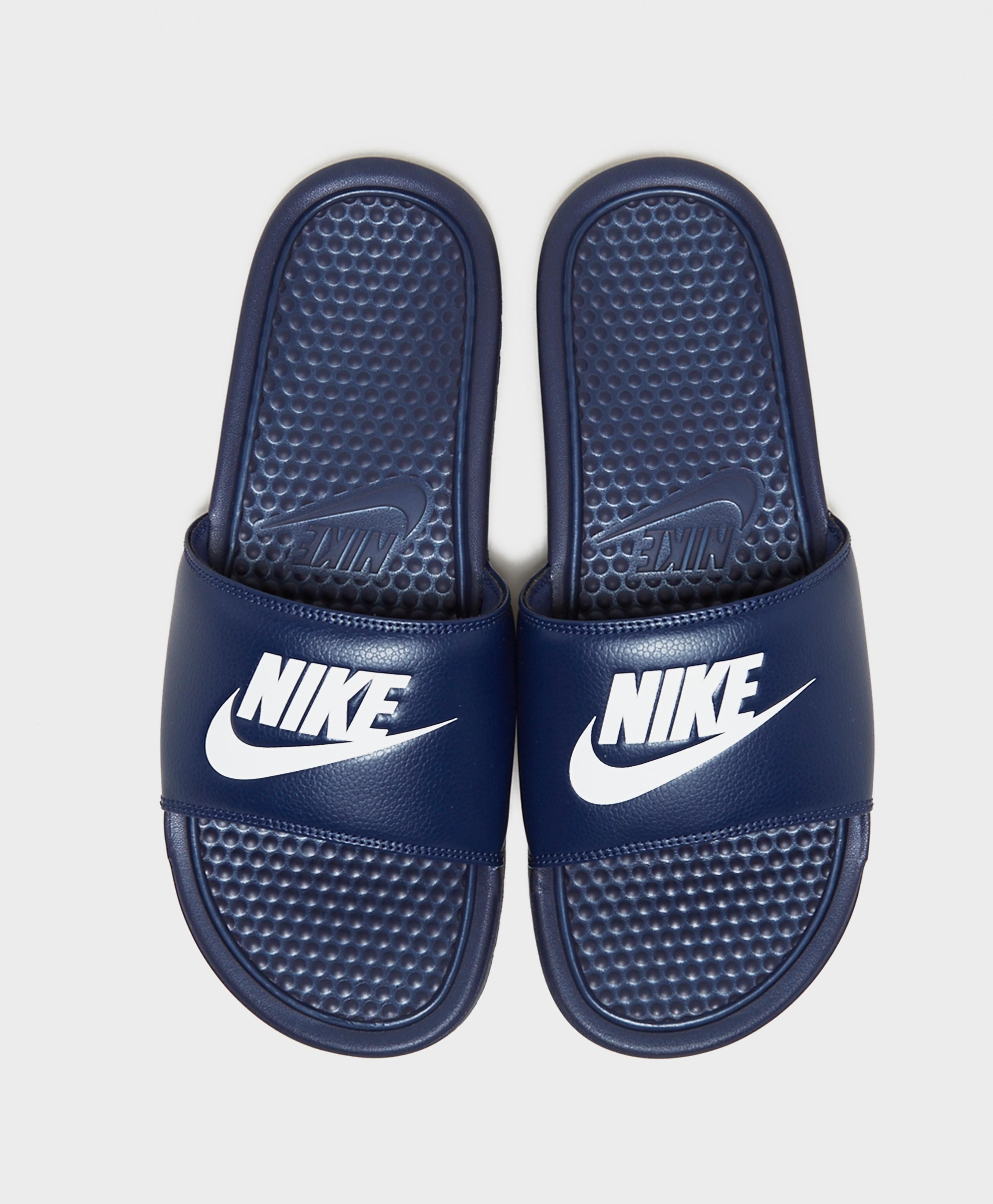 cc0f5cfb9 Nike Benassi Slides - Navy blue