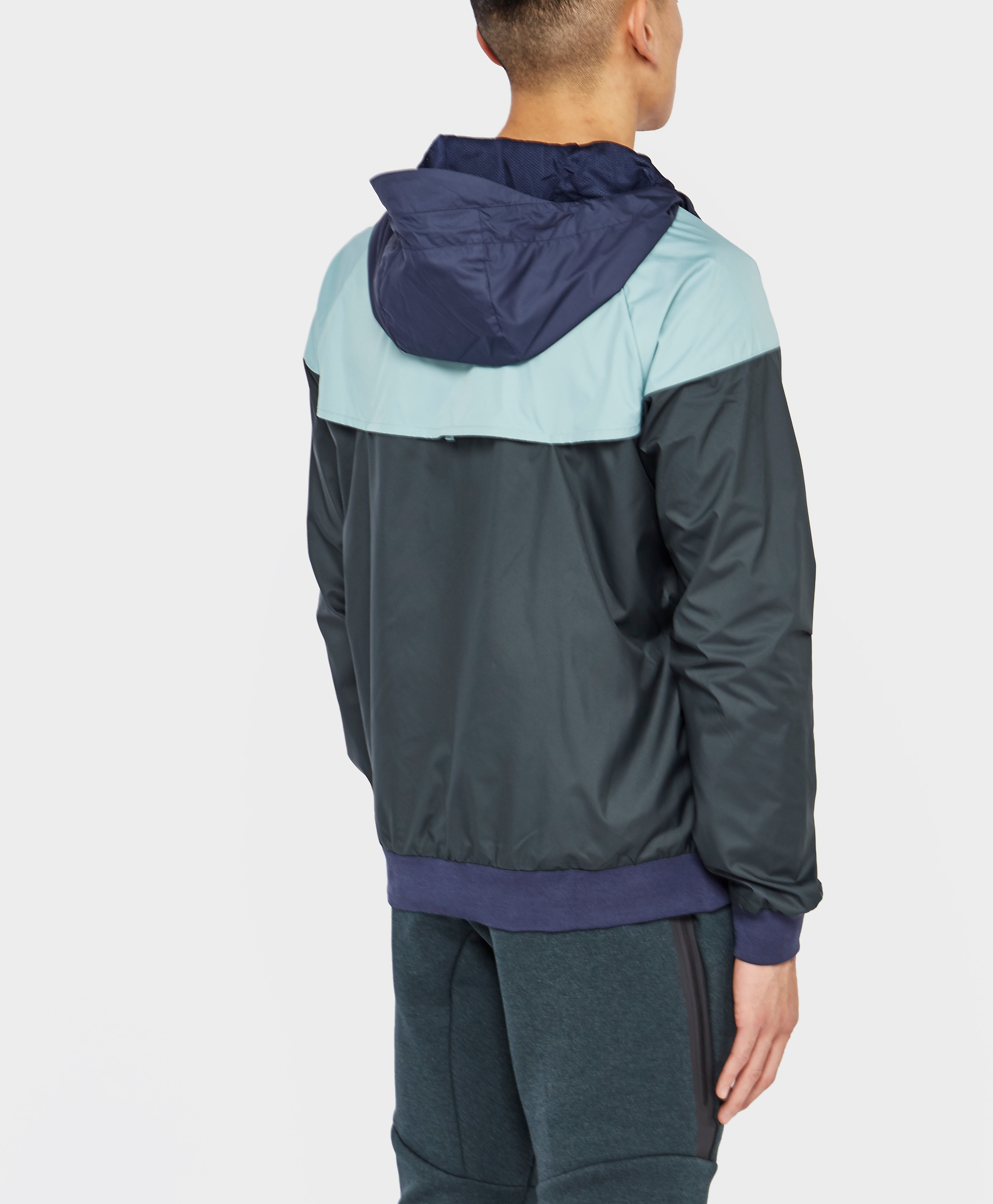 Nike Windrunner Lightweight Jacket