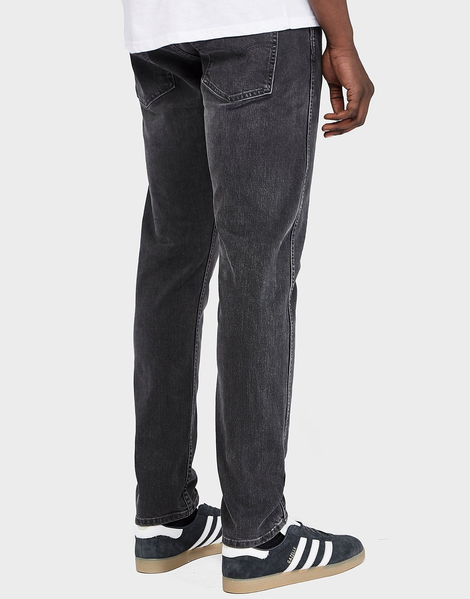 Levis Slim Tapered Jeans