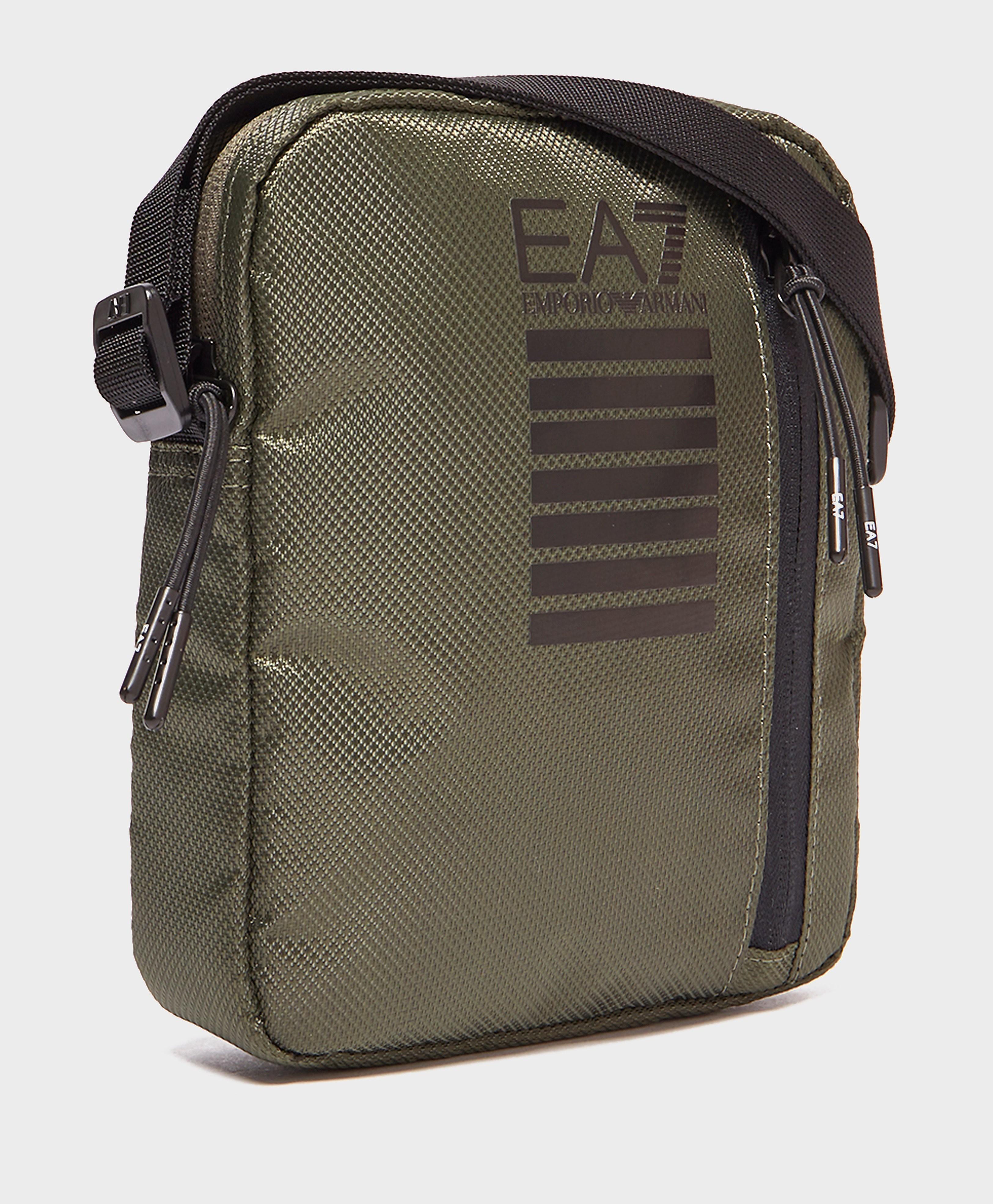 Emporio Armani EA7 Core ID Small Grip Bag