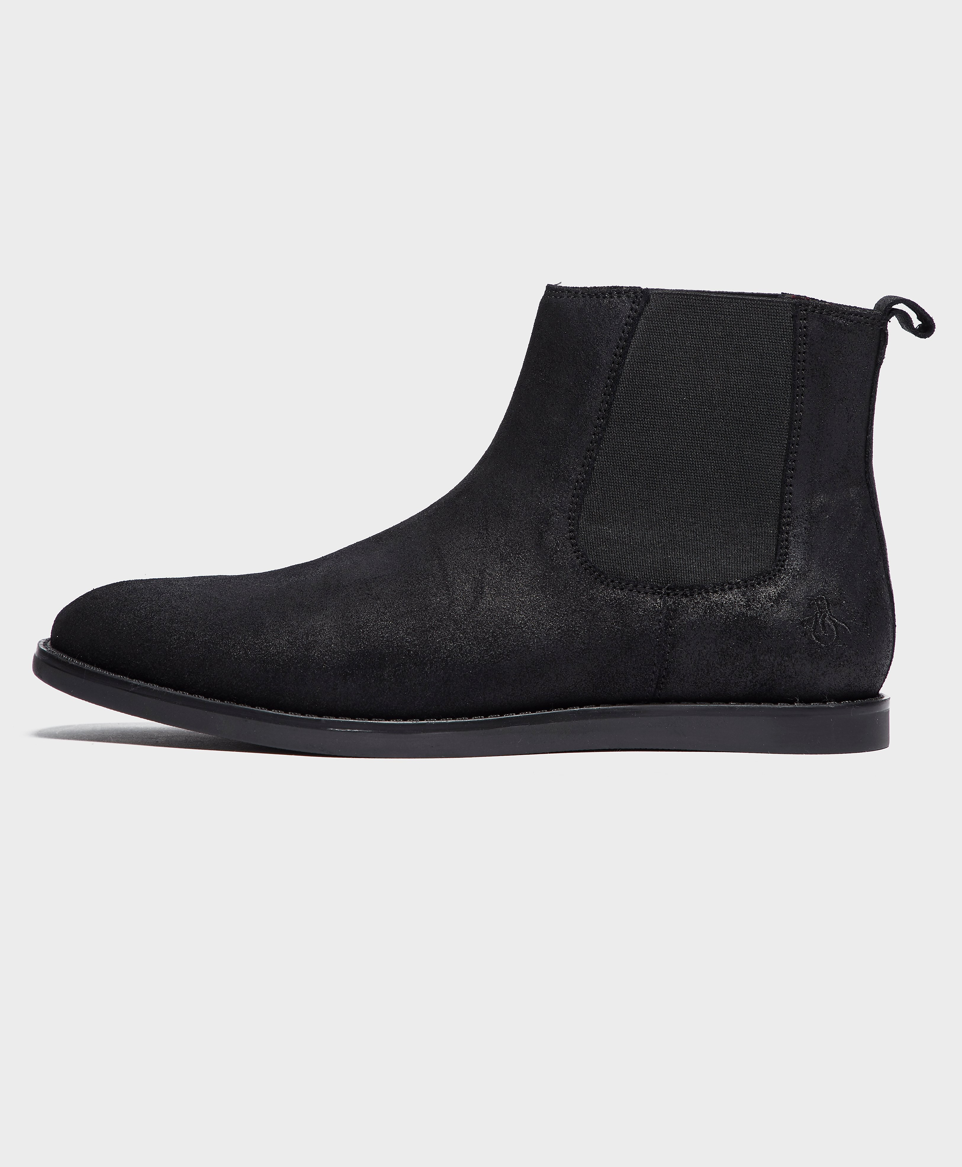 Product description Item No. UJHGGT From Penguin, these trainers are ideal for versatile off-duty styling. Presenting a textured upper with contrasting inserts, they feature secure lace fastenings and are finished with logo detailing.