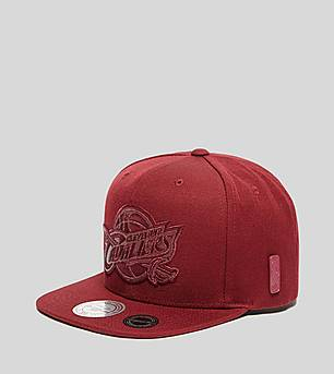 Mitchell & Ness Cleveland Cavaliers Snapback Cap