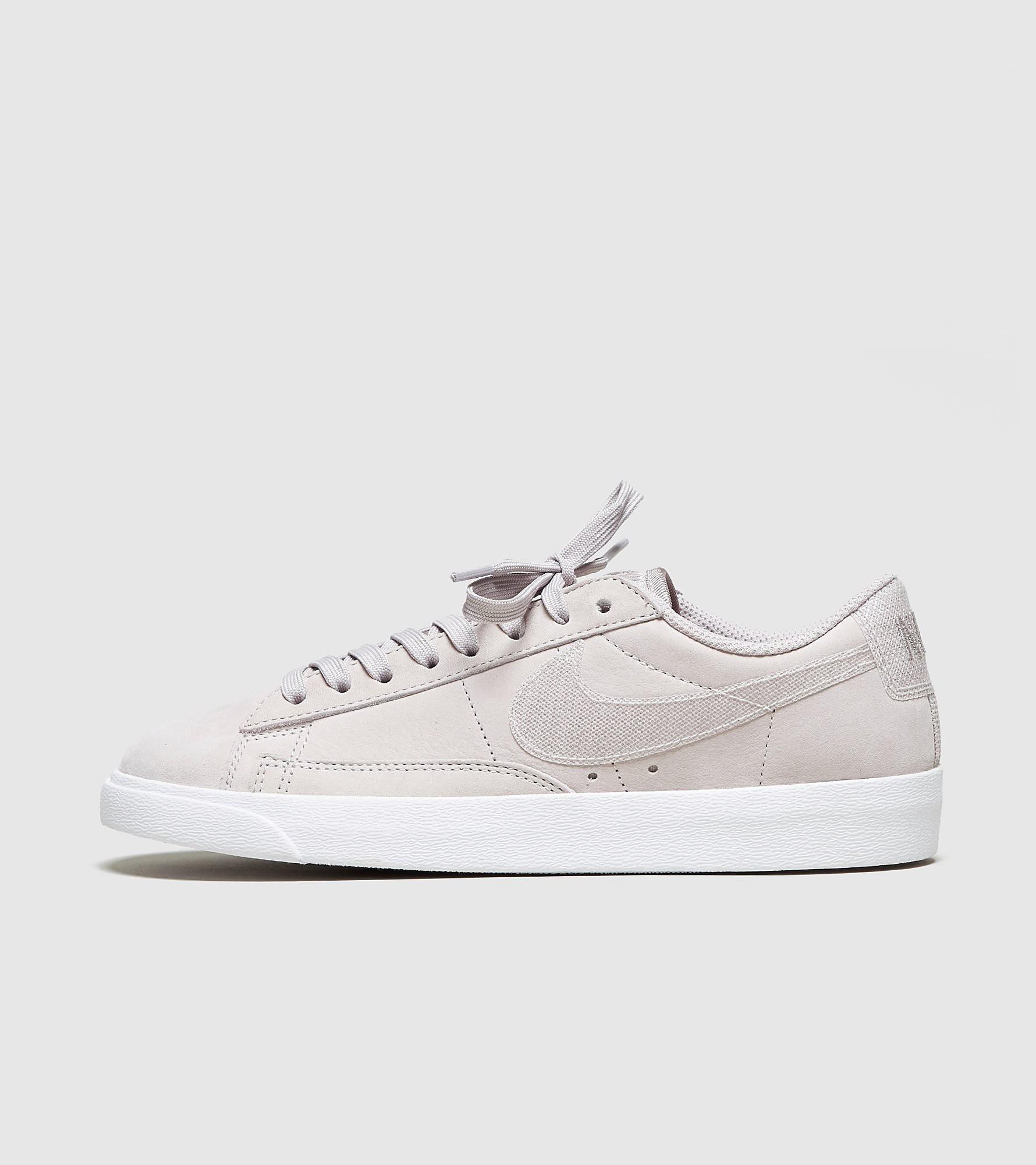 Nike Blazer Low LX Femme