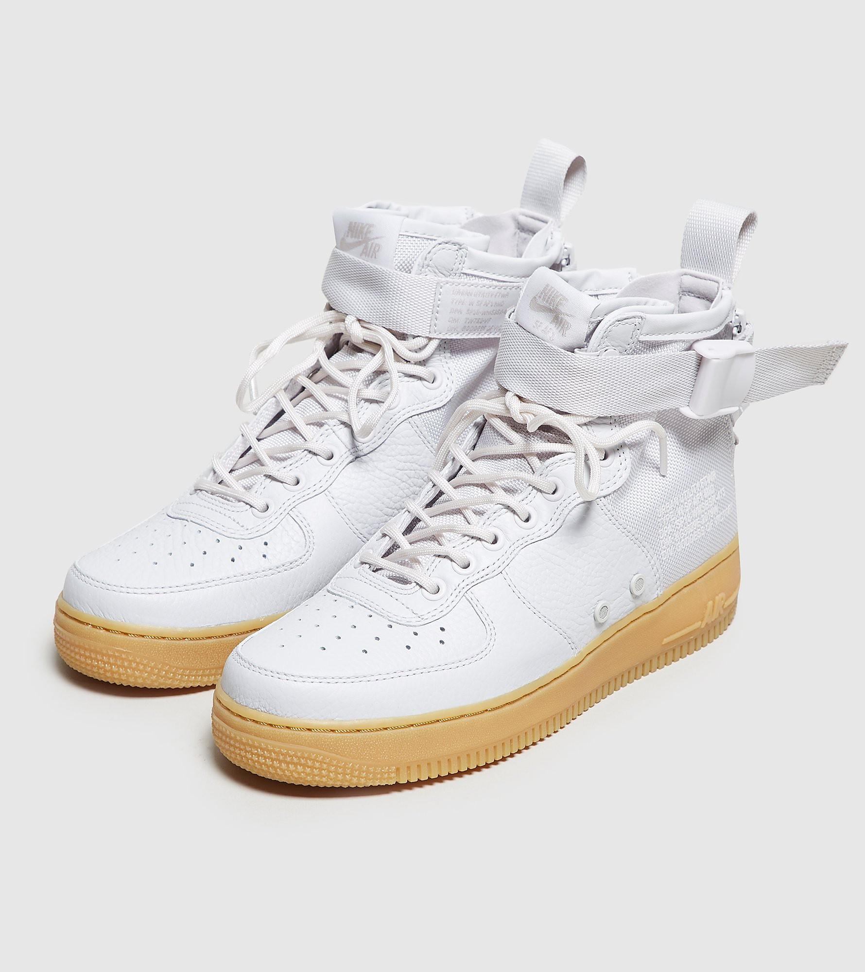 Nike SF Air Force 1 Mid Dames