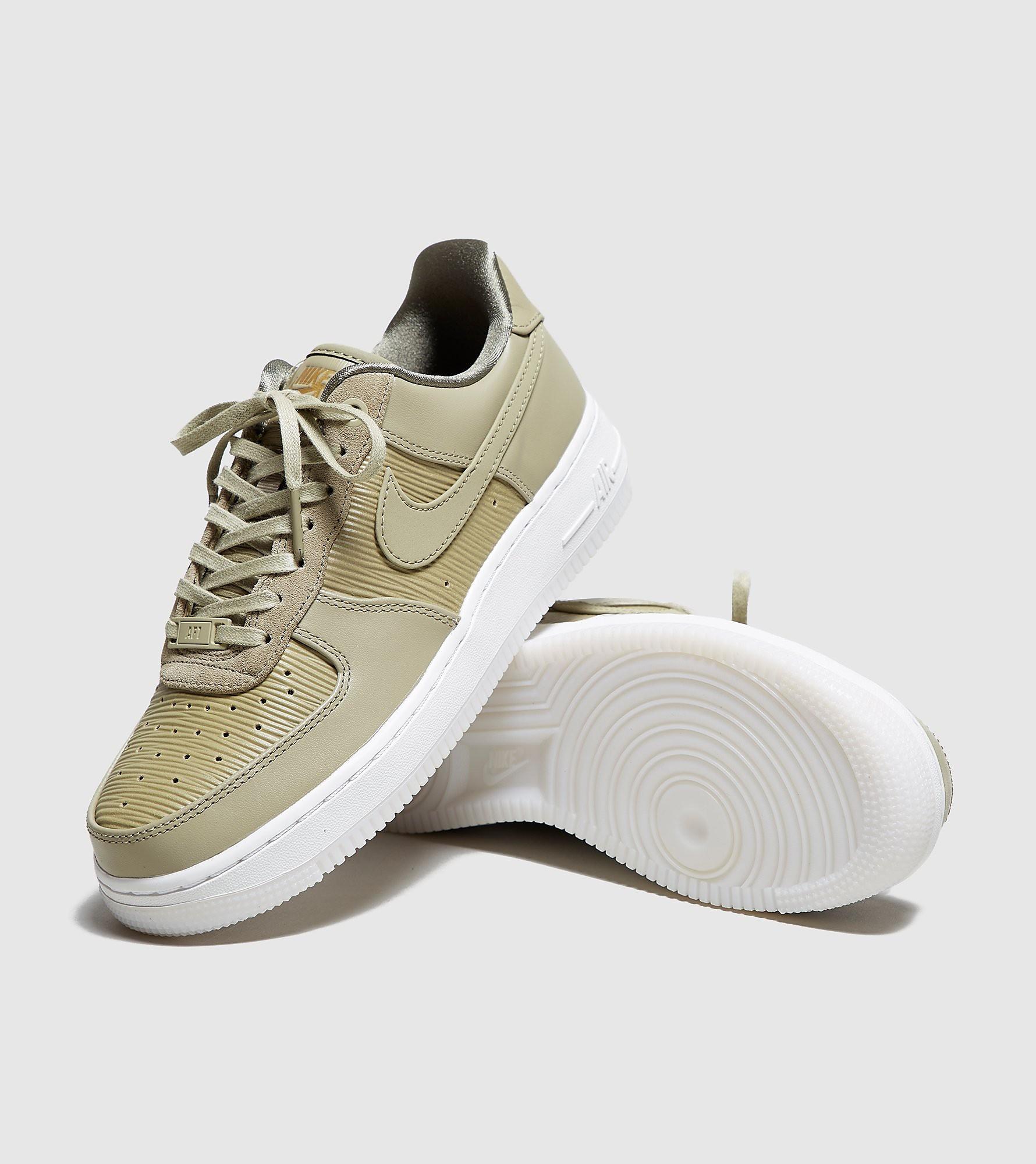 Nike Air Force 1 '07 LX Dam
