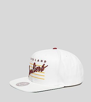 Mitchell & Ness Cursive Script Cleveland Cavaliers Snapback Cap