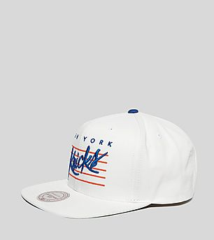 Mitchell & Ness Cursive Script New York Knicks Snapback Cap