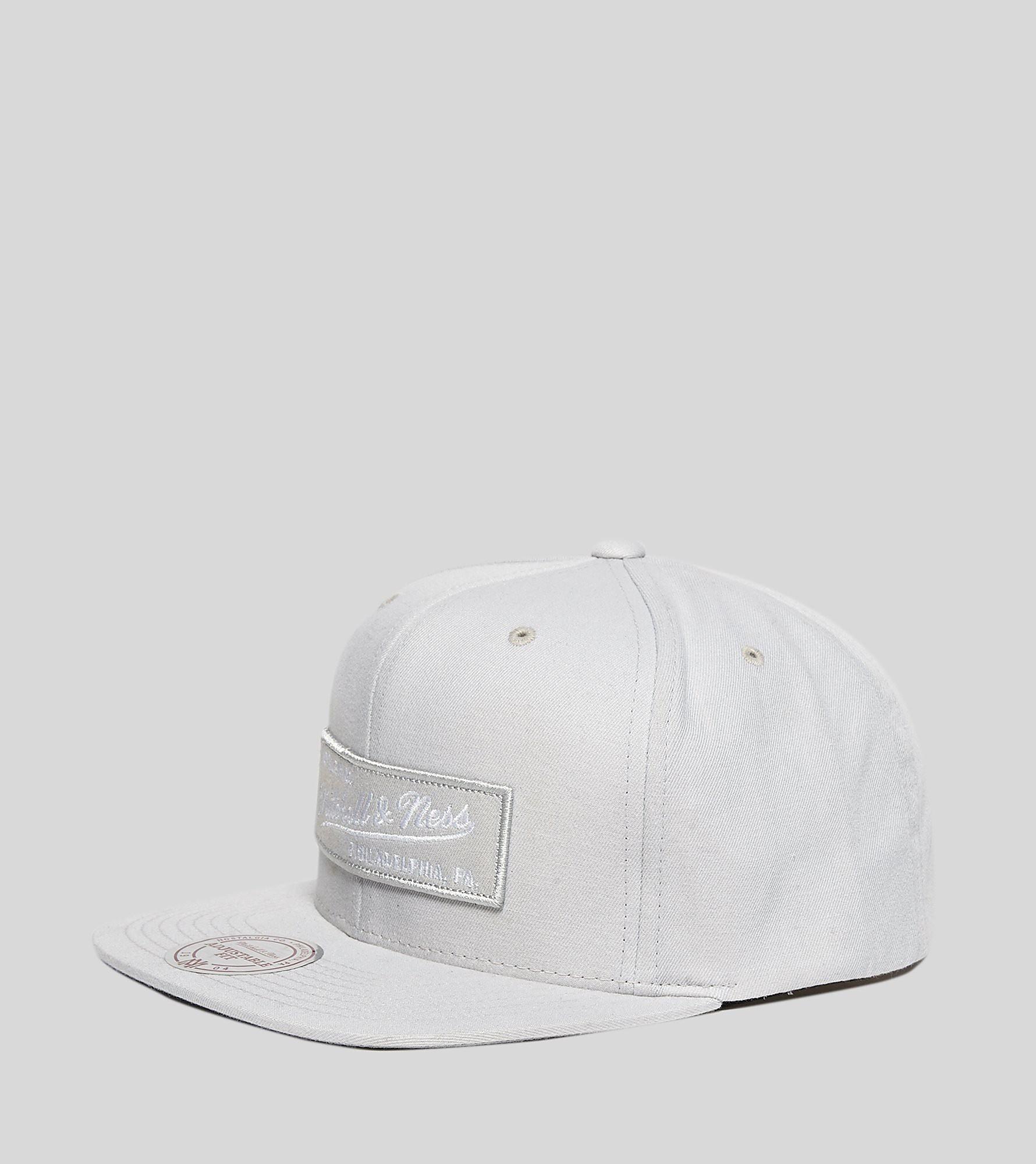 Mitchell & Ness Slub Cotton Snapback Cap