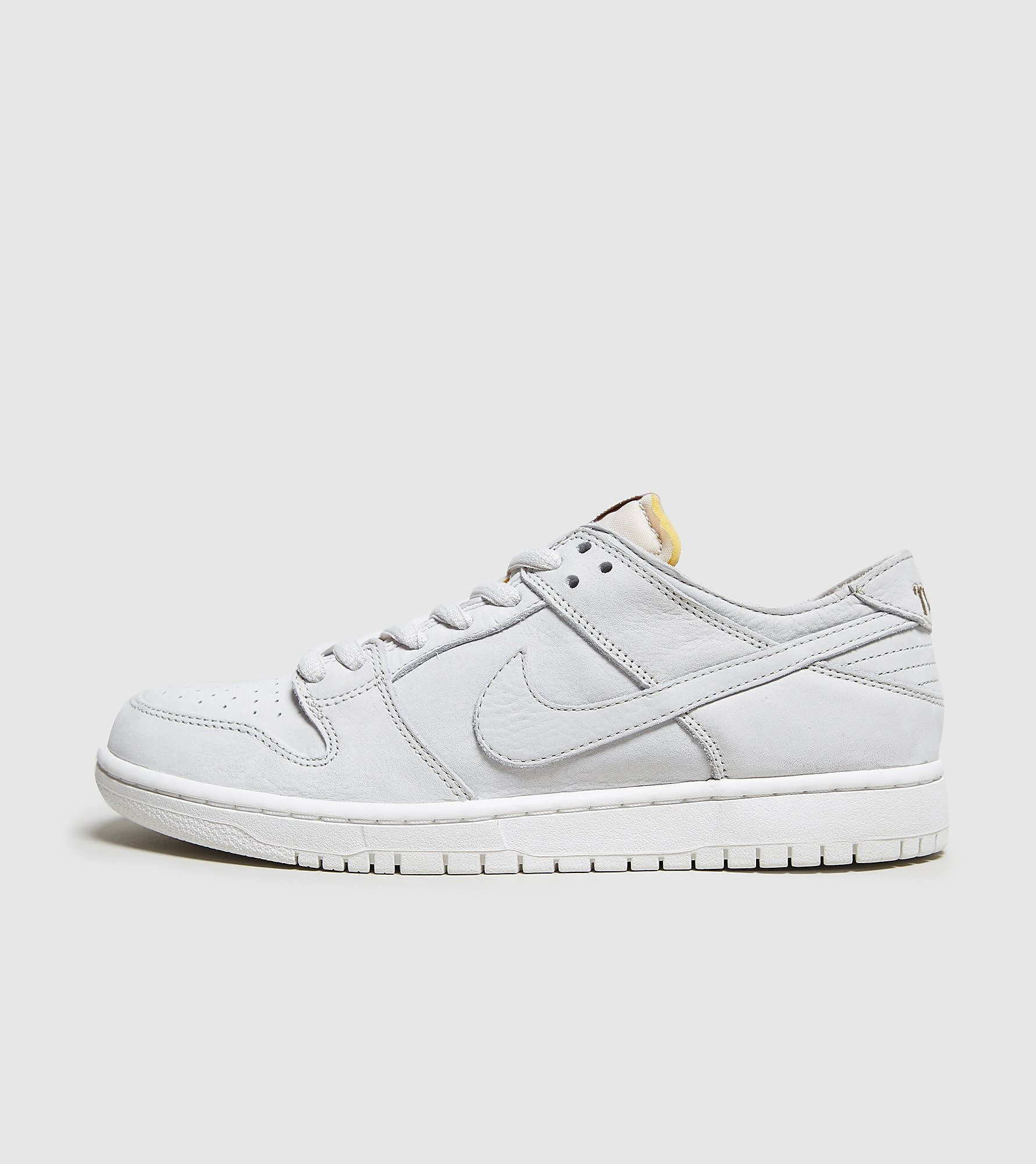 Nike SB Zoom Dunk Low Pro Deconstructed, blanco