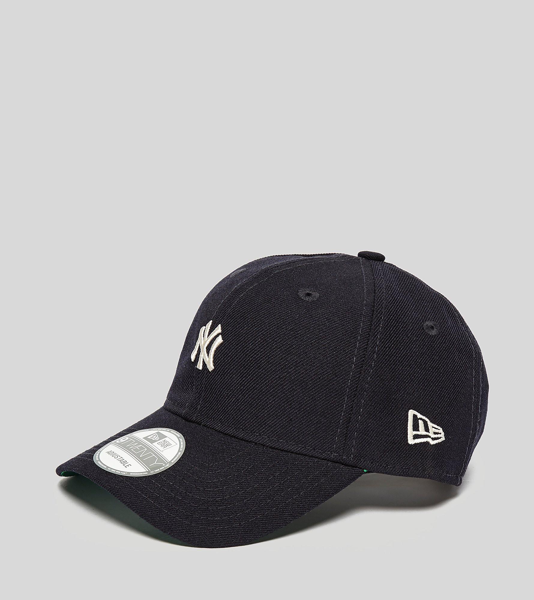 New Era Classic NY Yankees 9TWENTY Strapback Cap