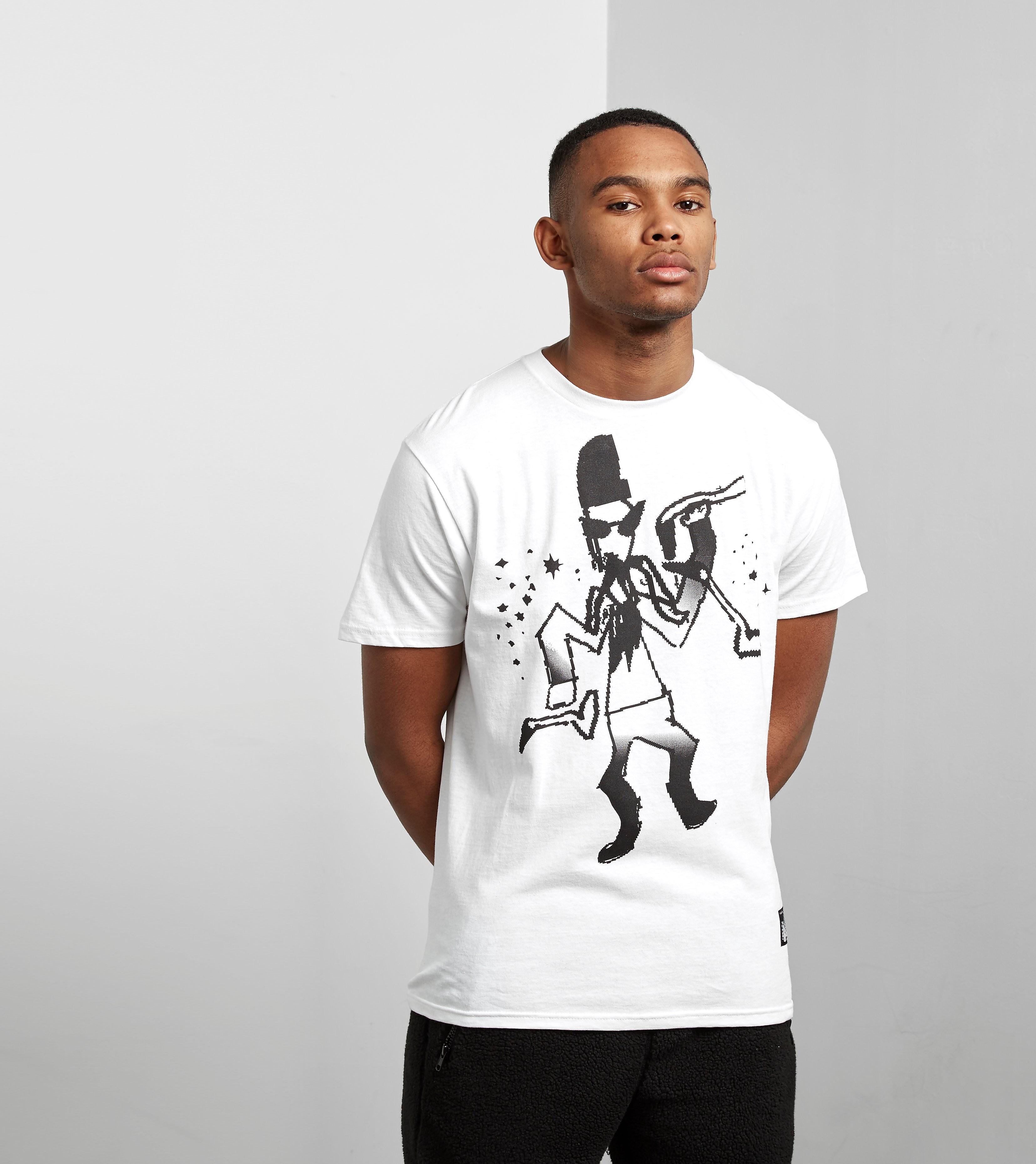 PRMTVO Hittin The Pipes T-shirt
