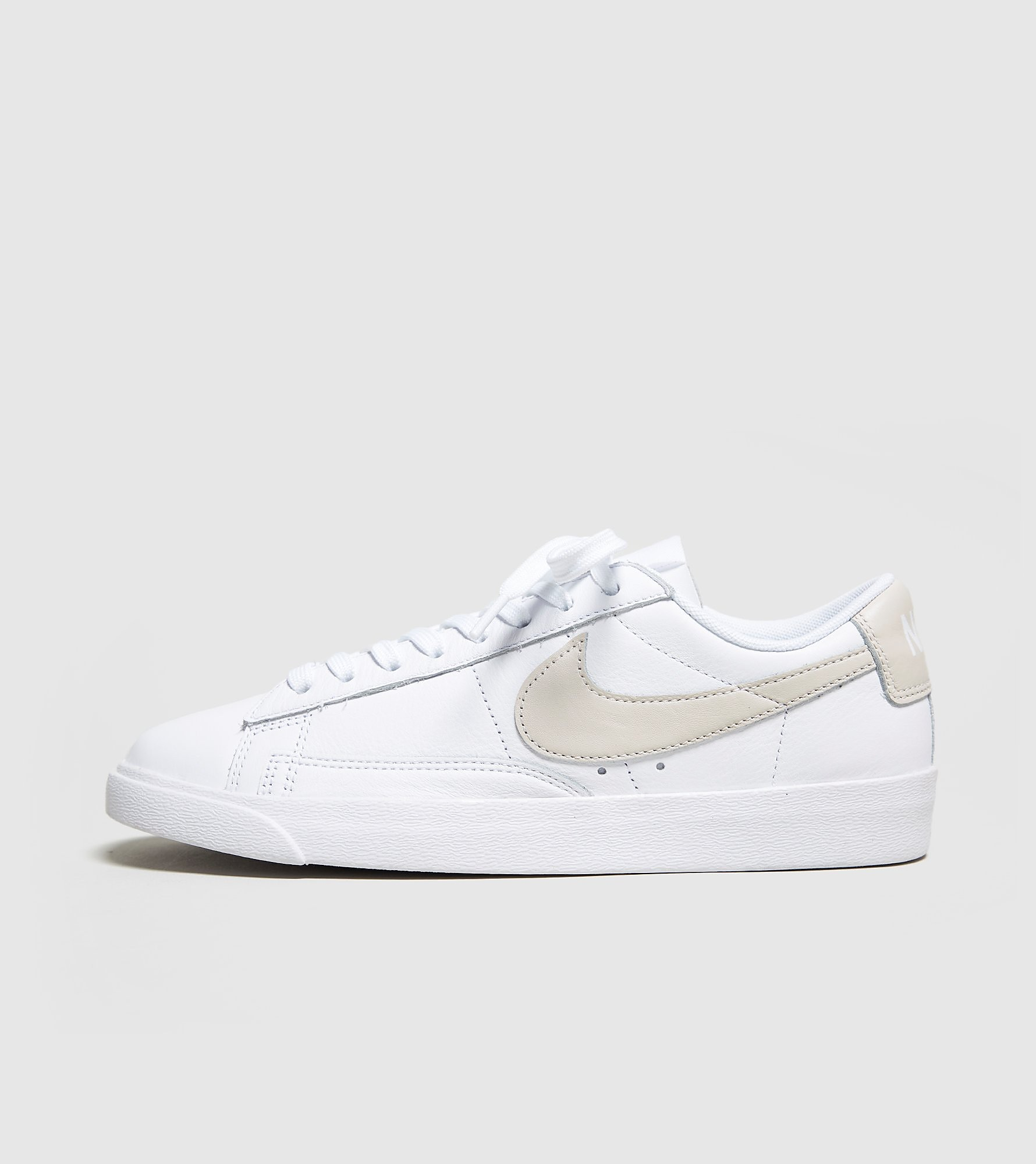 Nike Blazer Low Women's