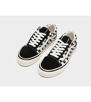 628ff6c7a14a9f Vans Anaheim Old Skool Checkerboard Women s Vans Anaheim Old Skool  Checkerboard Women s
