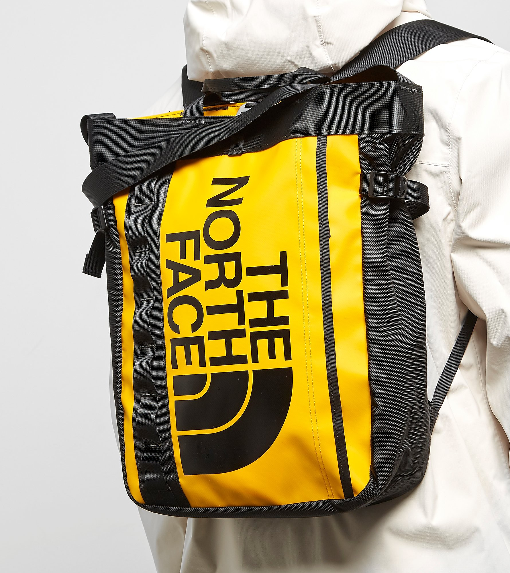 The North Face Base Camp Fuse Box Tote Bag, Geel