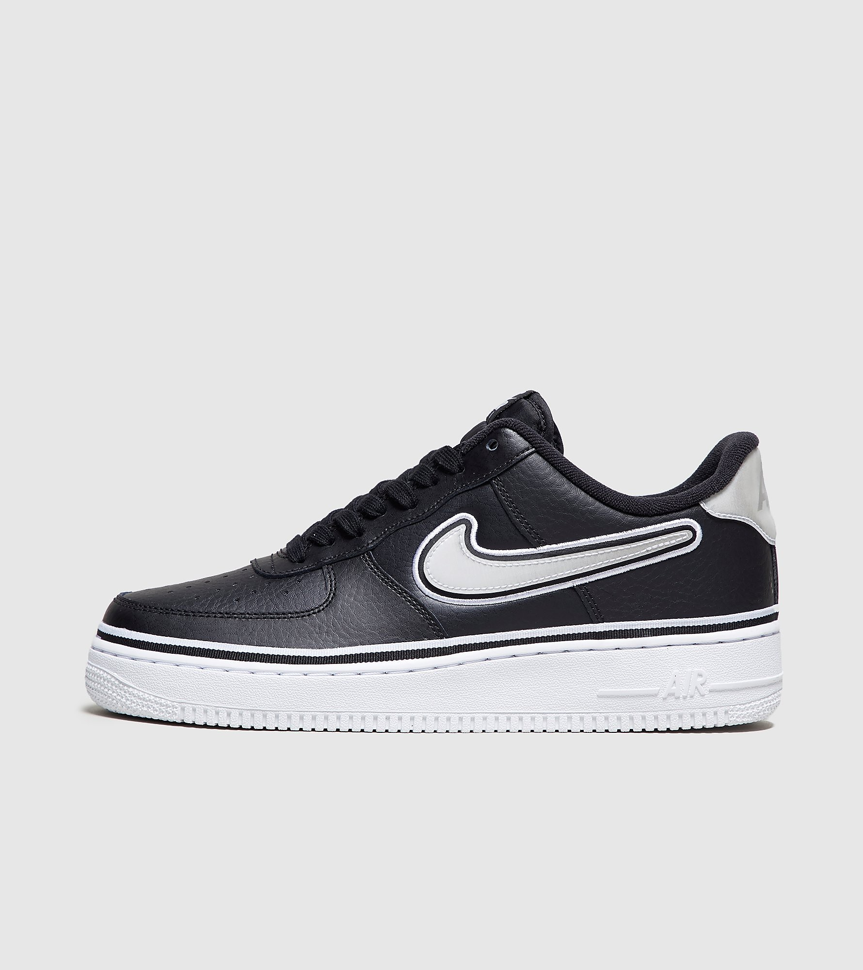 Aanbieding: Nike Air Force 1 07 Lv8 Sneakers Heren | Nike